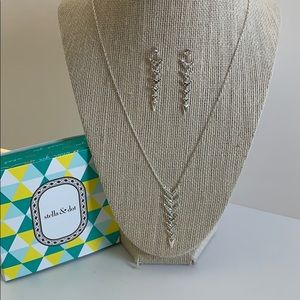 Stella & Dot Jewelry - Stella & Dot Arrow Drop Necklace and Earrings Set